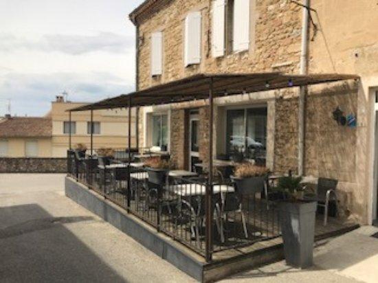 terrasse couverte - Picture of L\'auberge D\'allex, Allex - TripAdvisor