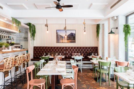 Willoughby, Australia: inside the restaurant