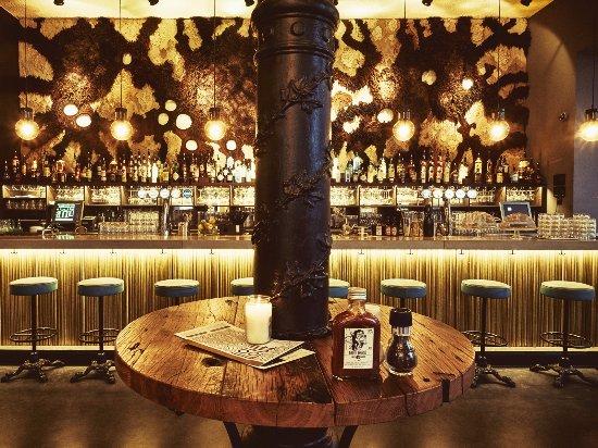 Louie Louie Interieur - Bild von Bar Louie Louie Amsterdam ...