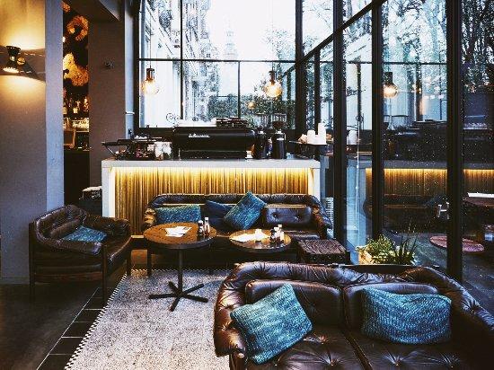 Louie Louie Interieur - Picture of Bar Louie Louie Amsterdam ...
