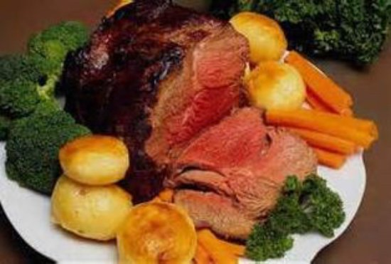 Garstang, UK: Locally sourced Prime Beef served every Sunday. Other Roasts also. Please book 01995600486