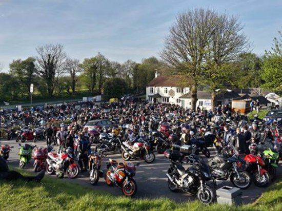 South Milford, UK: Wednesday bike night