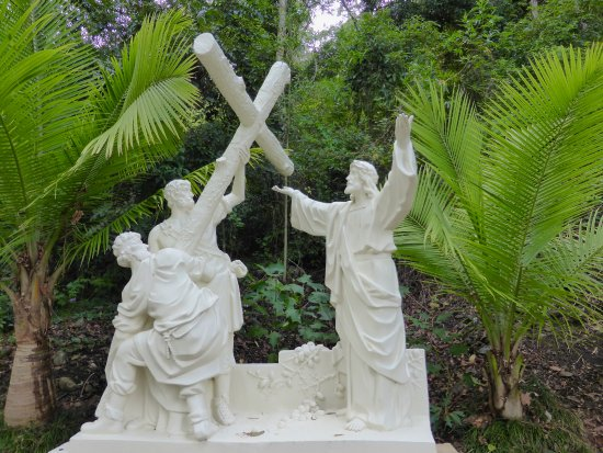 Canungra, Australia: Second Station Jesus Receives The Cross