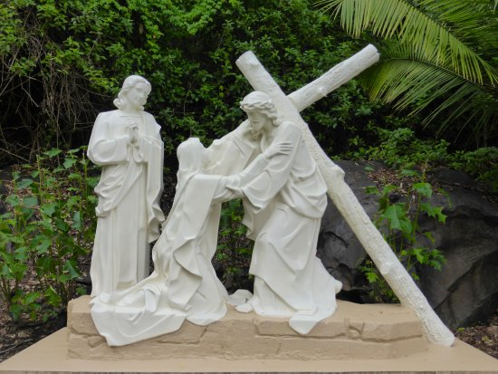 Canungra, Australia: Fourth Station Jesus Is Met By His Blessed Mother
