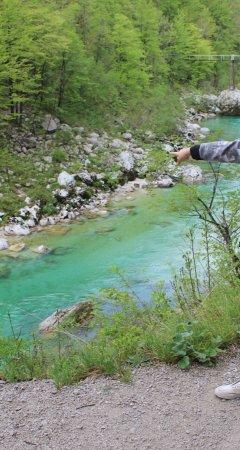 Kozjak Waterfalls: הנהר בצבעים שנראים כאילו עשו להם פוטושופ (לא עשינו..)