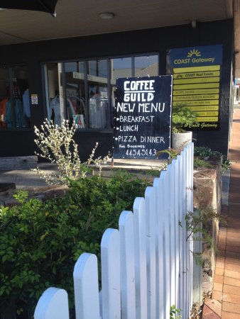Milton, Australia: Front of cafe