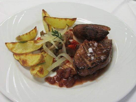 Incles, Andorra: Carne a la brasa