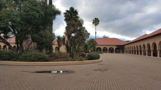 Stanford University: INSIDE COURTYARD