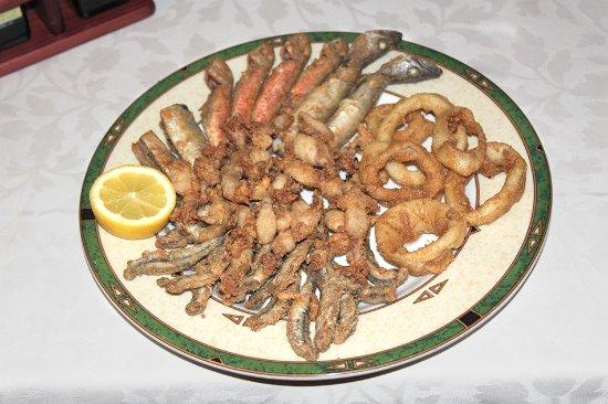 Fritura de pescado sin gluten del restaurante As de Bastos de Majadahonda