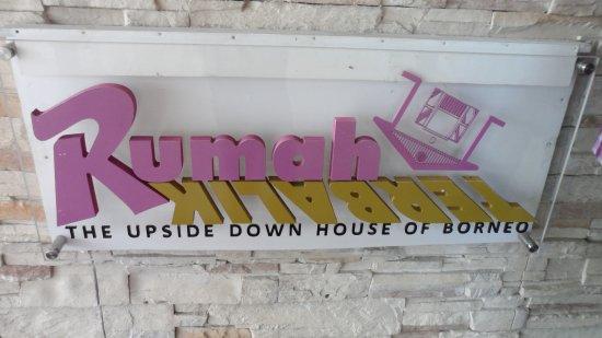 Tamparuli, Malaysia: singboard