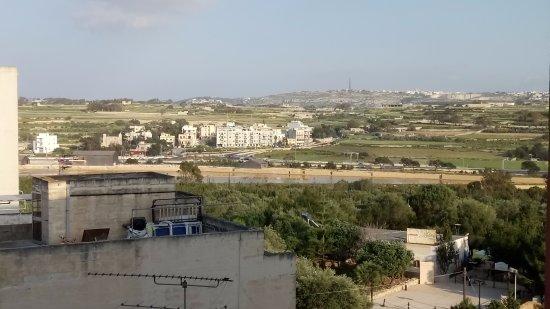 Bella Vista Hotel: view from 411