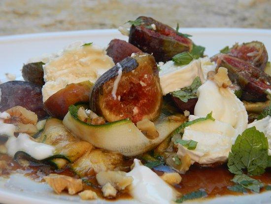 Saint-Antonin Noble Val, France: Our vegetarian and vegan food