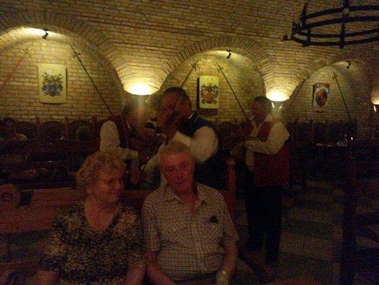 Sumeg, Ungheria: Wenigstens war das Geburtstagsständchen gut