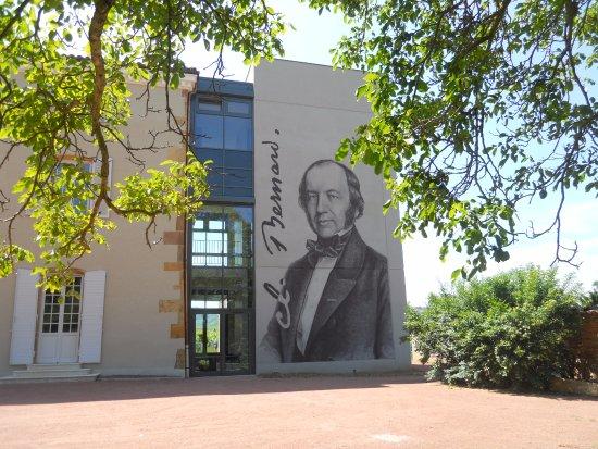 Musee Claude Bernard