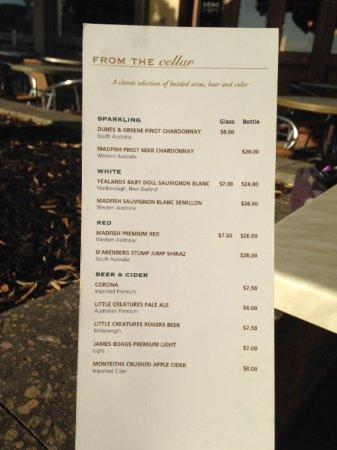 Mindarie, أستراليا: Limited alcoholic drinks menu