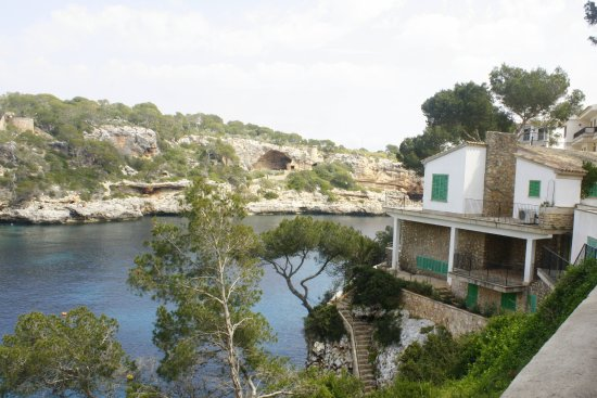 Cala Figuera, Espagne : House by the water