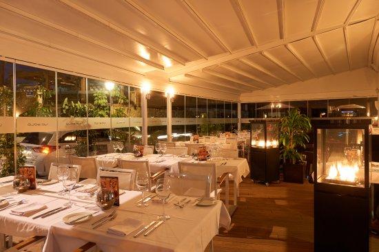 La sala mediterranean restaurant calle belmonte in - La sala nueva andalucia ...
