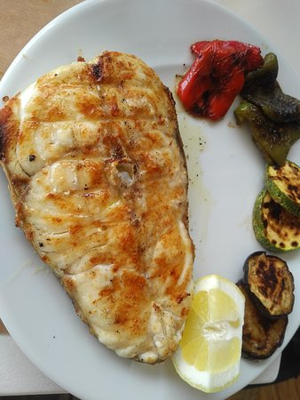 Great value seafood taverna in a superb location.