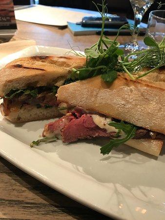 Prestwich, UK: Rare roast beef sandwich
