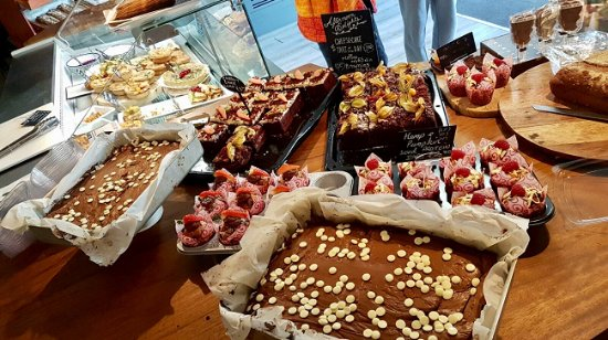 Delicious cakes, brownies, cupcakes, tarts and slices