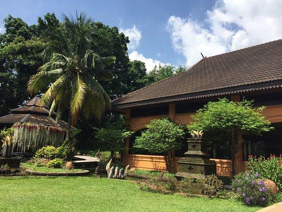 Holiday Garden Hotel: photo1.jpg