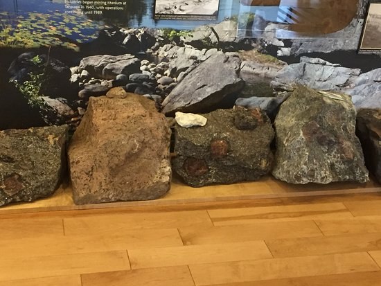 Adirondack Interpretive Center: Stone exhibits