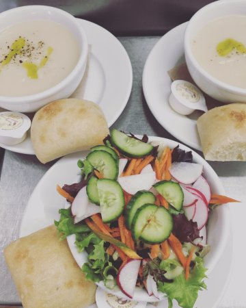 Bromont, Canada: Soupe ou salade ?