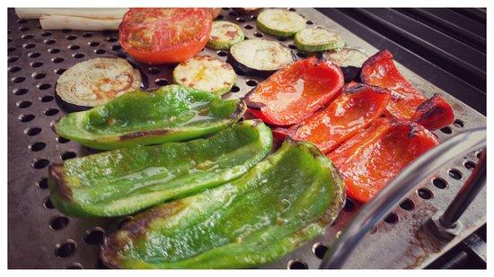 Parrillada de verduras exquisita picture of viavesta for Parrillada verduras