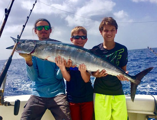 Deep sea fishing at its best picture of slackem fishing for Grand cayman fishing