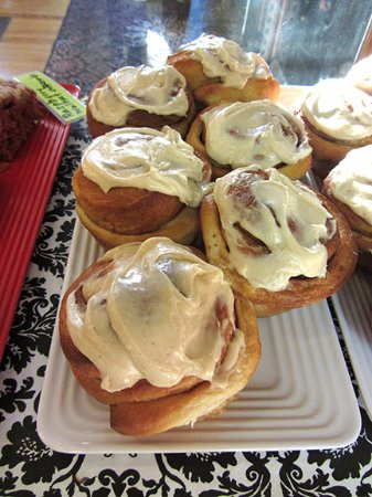 Marion, IA: Homemade cinnamon rolls on Friday and Saturday.