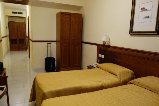 Gambar Hotel Virgilio