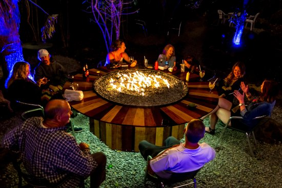 Big Daddy's Grill: Eat, drink and be with friends!! Check out our fire table in the back patio!!