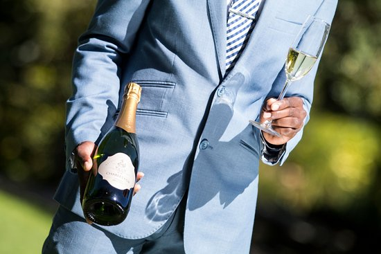 Vineyard Hotel: MCC bubbles festival