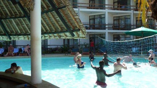 Travellers Beach Hotel & Club-billede