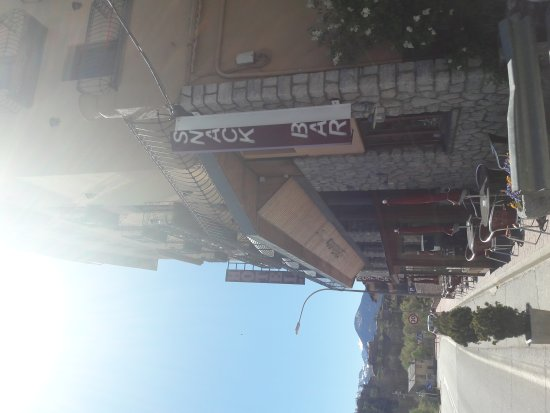 Bellver de Cerdanya, Spagna: TA_IMG_20170420_150026_large.jpg