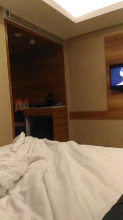 Hotel Chennai Le Palace: TA_IMG_20170420_183445_large.jpg