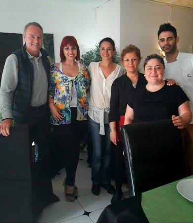 Alcanar, Spain: Otra visitas en el restaurate de los  amigos  Casa Lupe