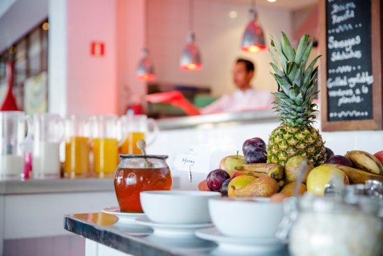 Esplendido Hotel: Breakfast