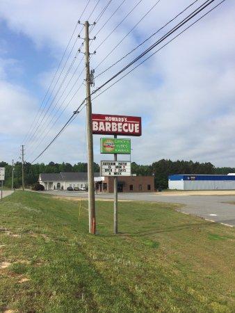 Lillington, North Carolina: CFRA roadside signage makes us easier to find!