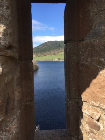 Drumnadrochit, UK: Loch Ness window
