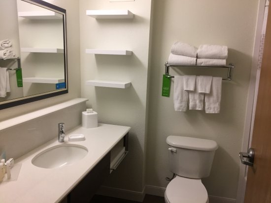 Hampton Inn and Suites Las Vegas - Henderson: photo4.jpg