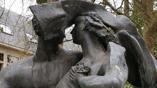 "Denkmal ""De Verliefden"""