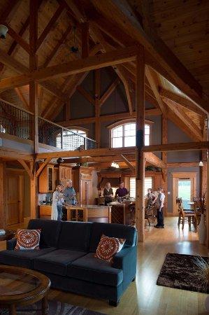 Wallace, Canada: Sporting Lodge