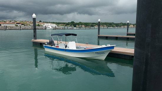Playa Coronado, Panama: 24 foot super panga ready for fun on the water!