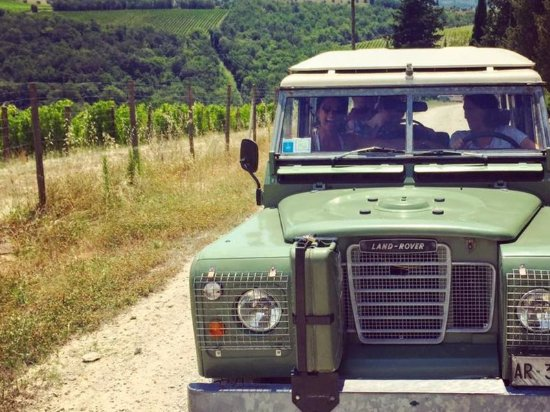 Castellina In Chianti, Italia: Off road wine tour in Chianti