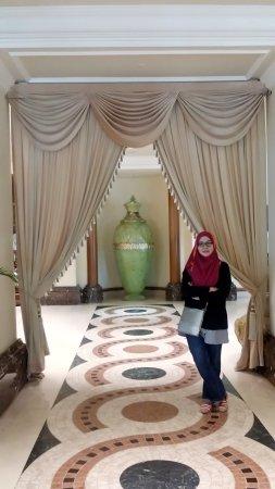 Sri Kembangan, Malaysia: selfiecamera_2017-03-19-10-45-31-102_large.jpg