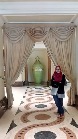 Sri Kembangan, Malesia: selfiecamera_2017-03-19-10-45-31-102_large.jpg