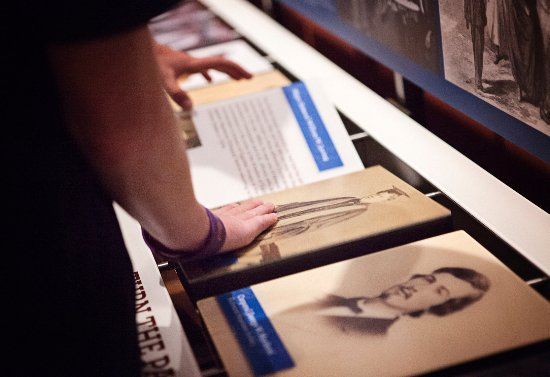 Appomattox, VA: Learn the stories of people from the Civil War through interactive exhibits.