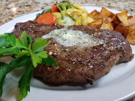 Inverness, FL: Early Bird NY Strip Steak --* Early Birds include Soup or Salad and FREE dessert