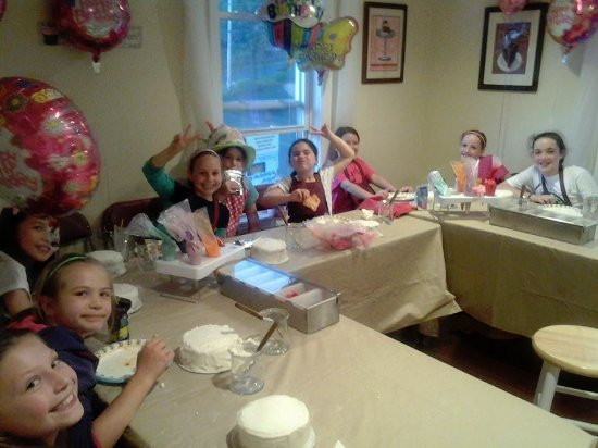 Leominster, MA: Birthday parties offered at Shancakes
